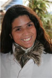 Raquel e seu sorriso marcante. Imagem: Marcos Massa