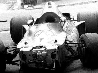 FD-01 na garagem de Darci. Imagem: acervo família Fittipaldi