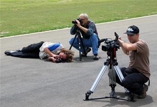 Mais do que fotógrafos, amantes do automobilismo