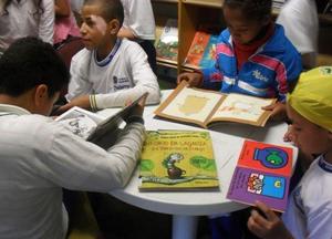 Mesa farta: livros, cultura e um futuro melhor Imagem: acervo ACER